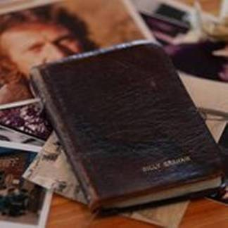Billy Graham gave Bible to Steve McQueen Just before he passed away